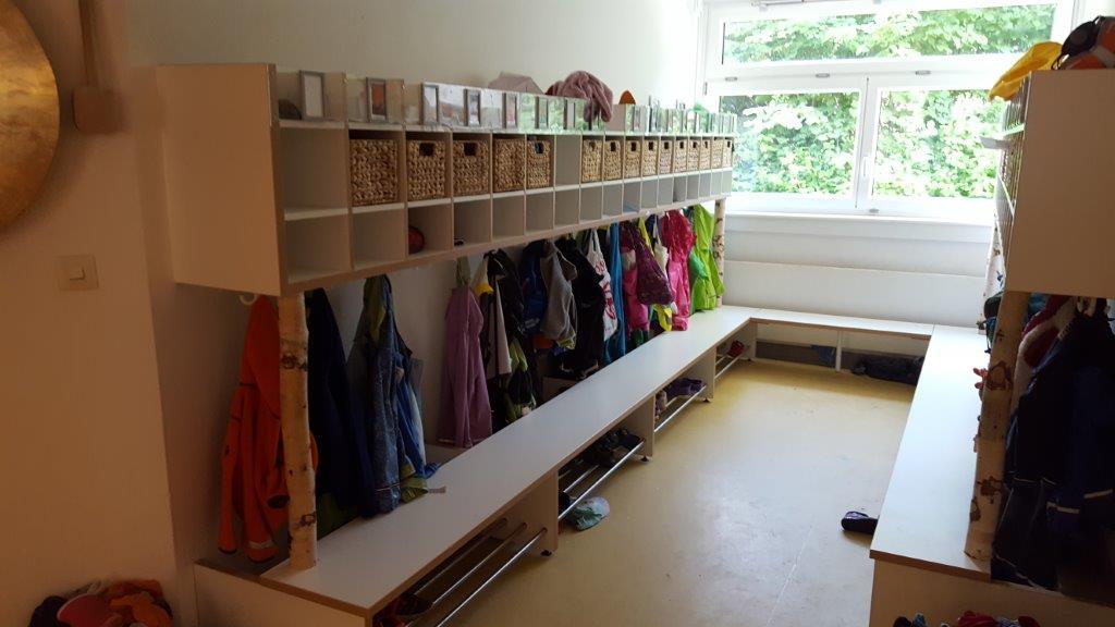 Garderobe einer Kita der Stadt Kiel