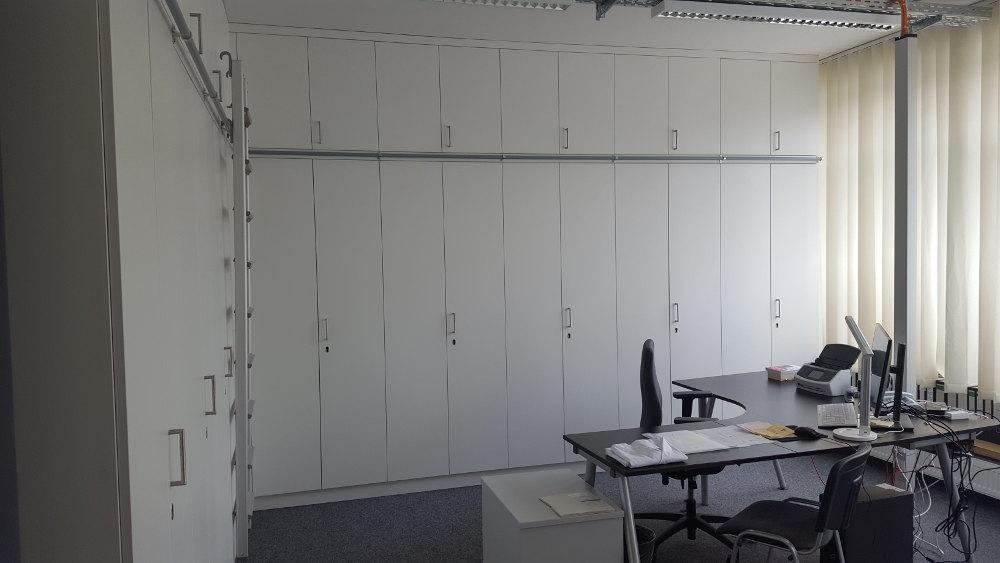 Office Einbauschrank